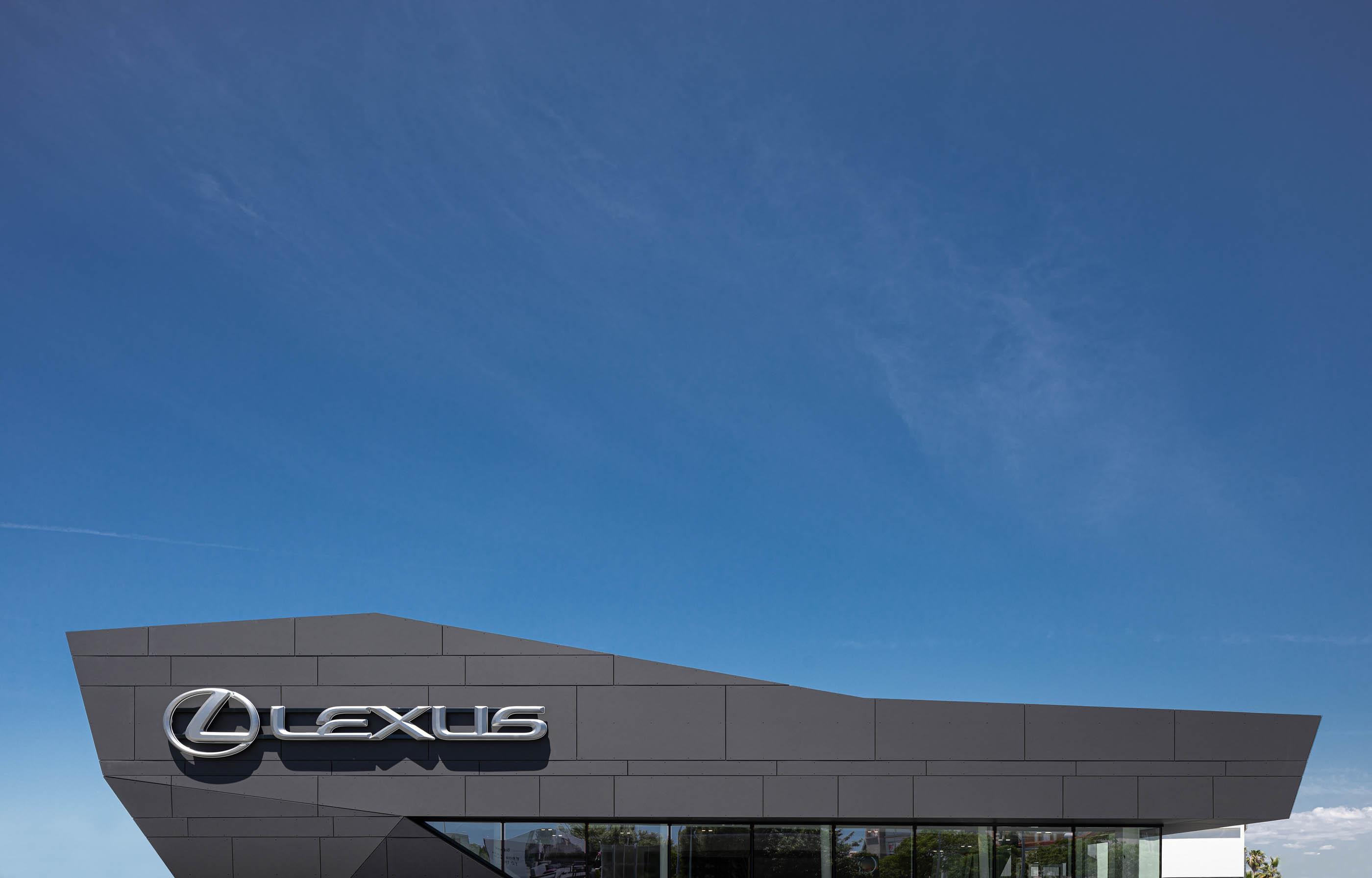 Lexus Faro Do Atelier De Arquitetura Rarcon do fotografo Ivo Tavares Studio