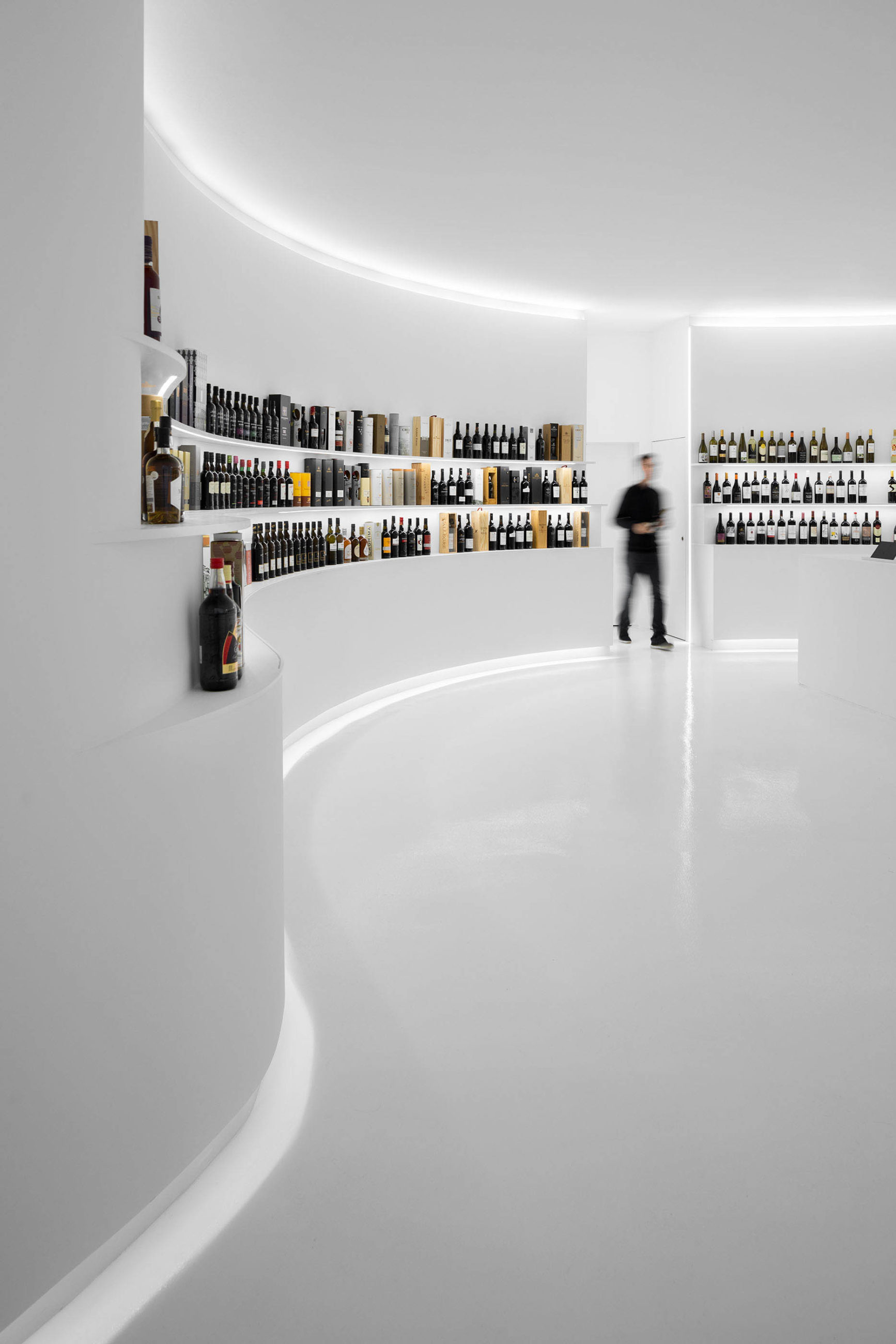 Portugal Vineyards Concept Store do atelier Porto Architects e fotografia arquitetura de ivo tavares studio