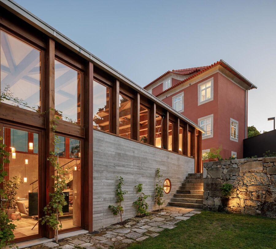 Casa no Porto, Gólgota do Atelier Floret Arquitectura e fotografia de Ivo Tavares Studio