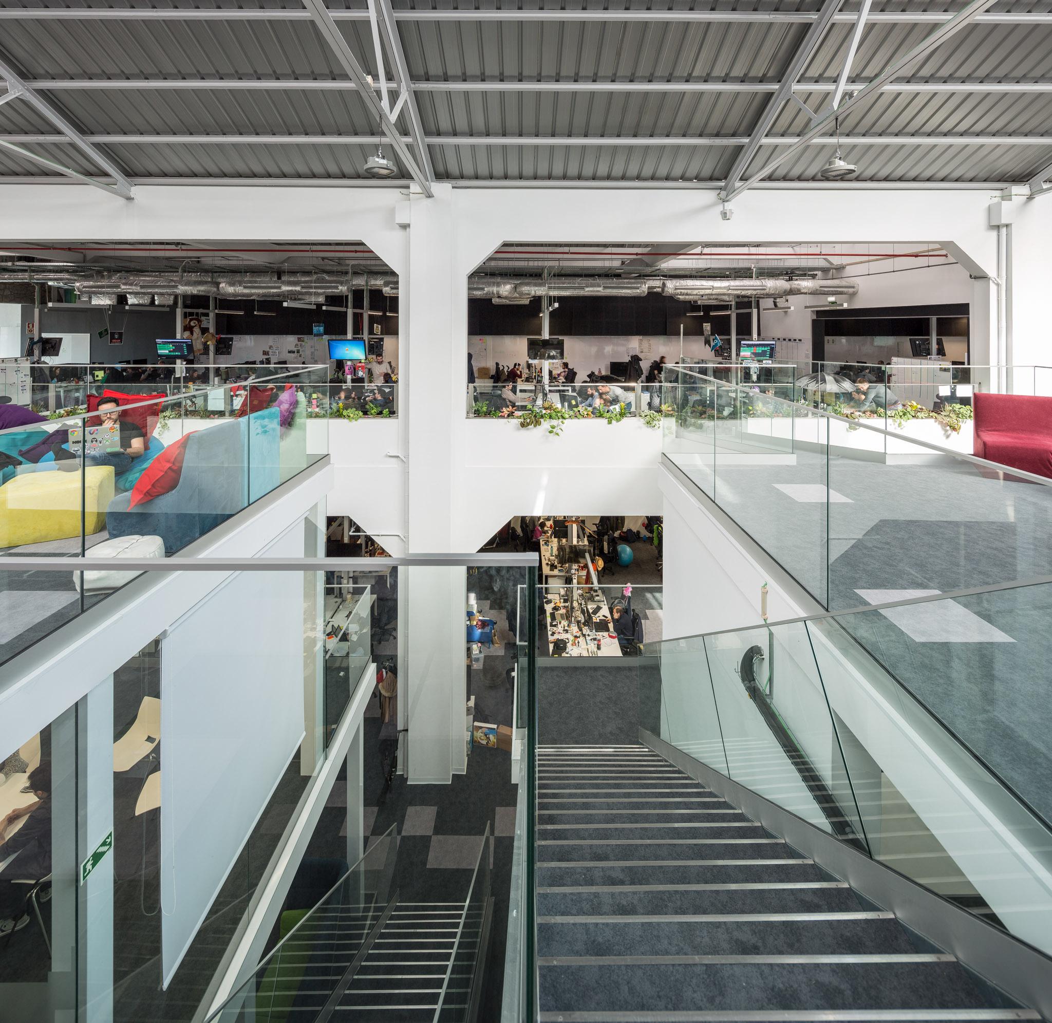 Reportagem Fotografia De Arquitectura Portuguesa Fotografo Ivo Tavares Studio Escritorios Blip De Inception Architects.